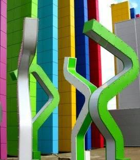 Порошковая покраска инсталляций в ГЛАВКИНО